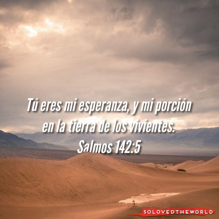 Salmos 142 Reina Valera Actualizada (RVA-2015)    Su oración cuando estaba en la cueva.   Con mi voz clamo al SEÑOR; con mi voz pido al...