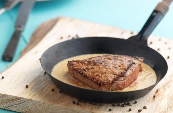 Receita de Bife da Vazia com Molho Queijo azul e Pimenta Preta