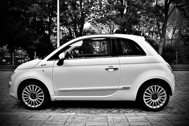 Fiat 500 VERY VERY Chic & classy!!! Have you seen how pretty the girls are that drive these?