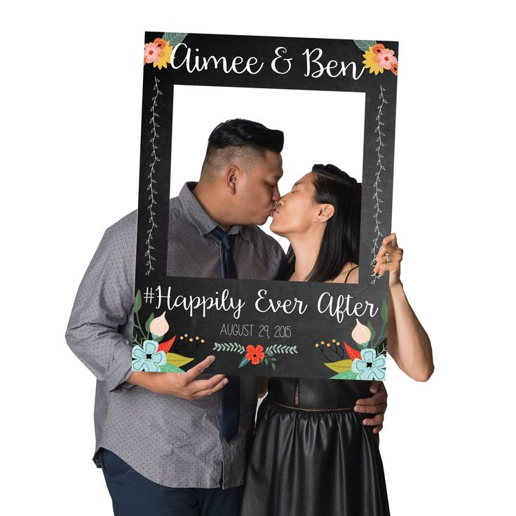 How adorable is our *NEW* #CrowdSigns #Chalkboard Frame for your wedding?! Available now at www.CrowdSigns.com. #happilyeverafter