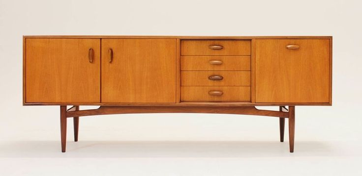 G Plan MID CENTURY 6 ft 9 Credenza or Media console. MCM. Vintage TV Stand Retro #MidCenturyModern #GPlan