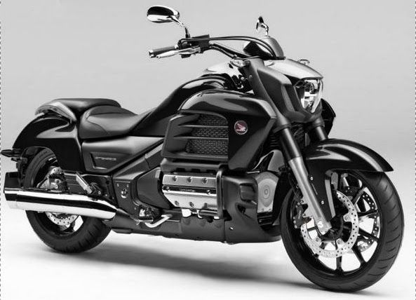 Honda Valkyrie. Not sure what it is about this bike. I don't even like cruisers. But the Valkyrie, I just dig it!!!