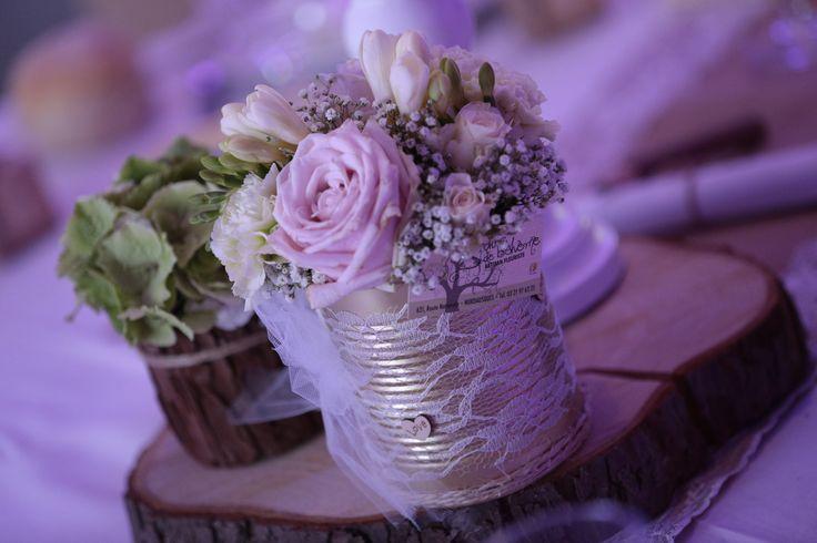 Déco mariage champêtre chic (bois, toile de jute, dentelle)