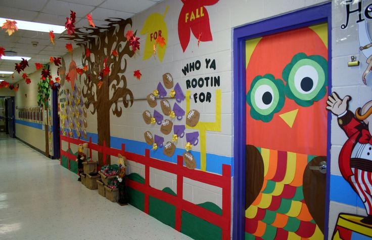 Best 25 school hallway decorations ideas on pinterest for Autumn classroom decoration