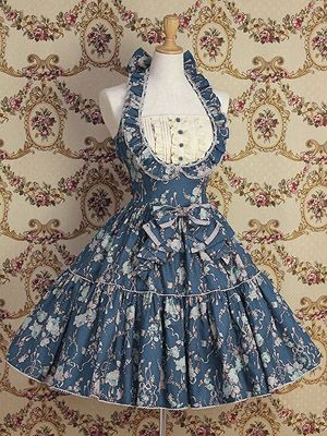 Mary Magdalene Halter JSK. What a beautiful version of a halter dress, a Lolita halted dress that is. The ruffles are very nice and I love the bib that is added too.