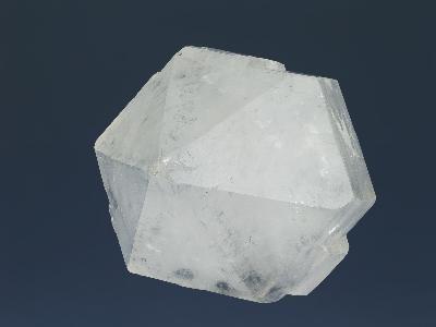Propiedades del cristal de cuarzo transparente