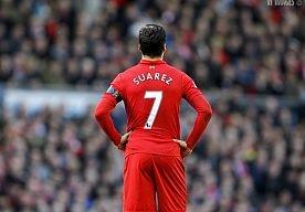 27-Apr-2013 16:31 - OVERTREDING SUAREZ NIET TE VERGELIJKEN MET MIJN DUWTJE. Paolo Di Canio heeft de beet van Luis Suarez enigszins veroordeeld. De manager van Sunderland vindt de actie van de Liverpool-aanvaller ietwat vreemd.