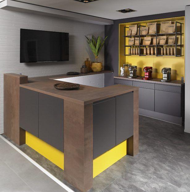 Wohndesign Kuchenfarben Mit Braunen Schranken Kuchenfarben Welche