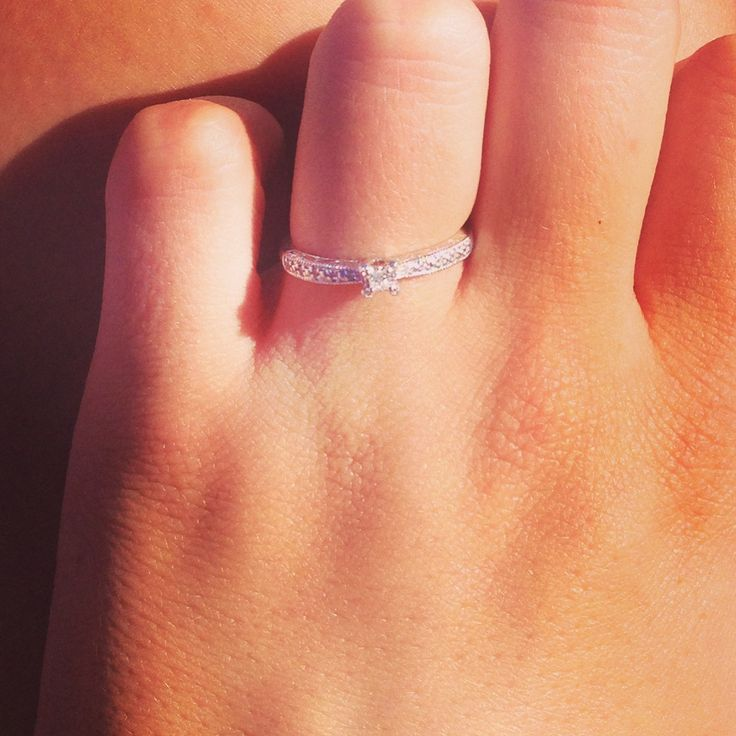 I LOVE THIS RING SO MUCH! <3 promise ring!! I WANT I WANT I WANT