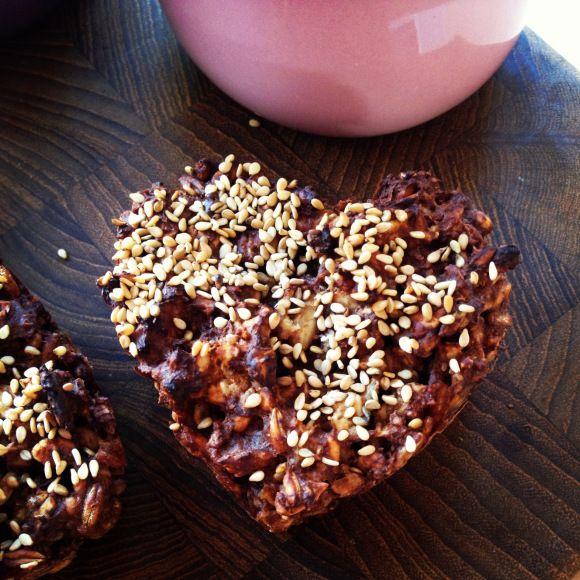 Rugstykker med chokolade og nødder