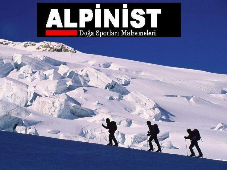 ALPİNİST - Alpinist 1999 yılında dağcılık ve doğa sporları malzemelerini üretimi ve satışı amacıyla Ankara'da kuruldu. Kuruluşundaki temel hedef , Türkiye'deki dağcılık ve doğa sporlarıyla ilgilenen sporcuların ihtiyacı olan işlevsel ve yüksek kaliteli uyku tulumu ve giysi ihtiyacının karşılanmasıydı.