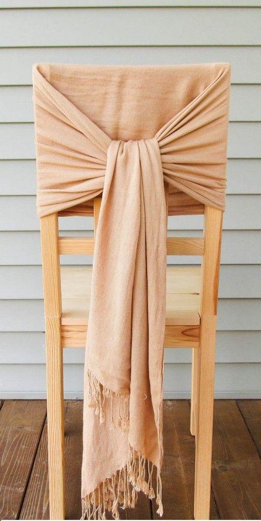 Spécial mariage, comment décorer une chaise pour un mariage, de façon originale et pas cher avec un foulard, des idées DIY artisanales fait main !