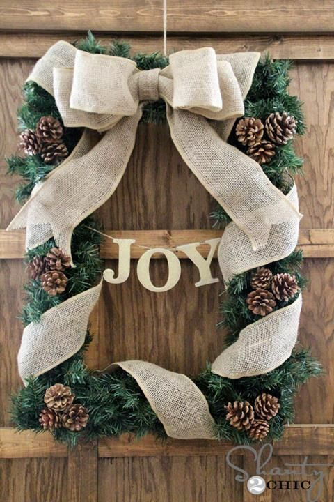 DIY Rectangle Christmas Wreath, use an old picture frame......