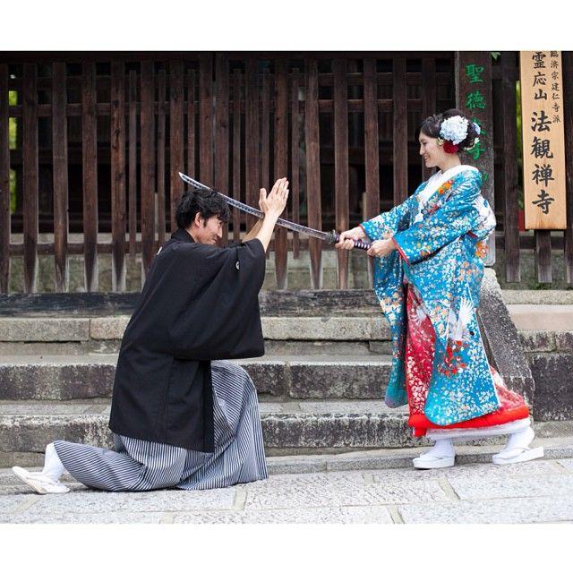 撮影小道具の日本刀を使って^^ #Kyoto#京都#Japan#和装#着物#kimono#色打掛#wedding#ウェディング#prewedding#preweddingphoto#ブライダル#結婚準備#結婚式準備#花嫁準備#プレ花嫁 #weddingphoto#weddingphotography#ウェディングフォト#weddingphotographer#ブライダルフォト#ブライダルフォトグラファー#instawedding#前撮り#和装前撮り#ロケーションフォト#ロケーション撮影#撮影#スタジオゼロ