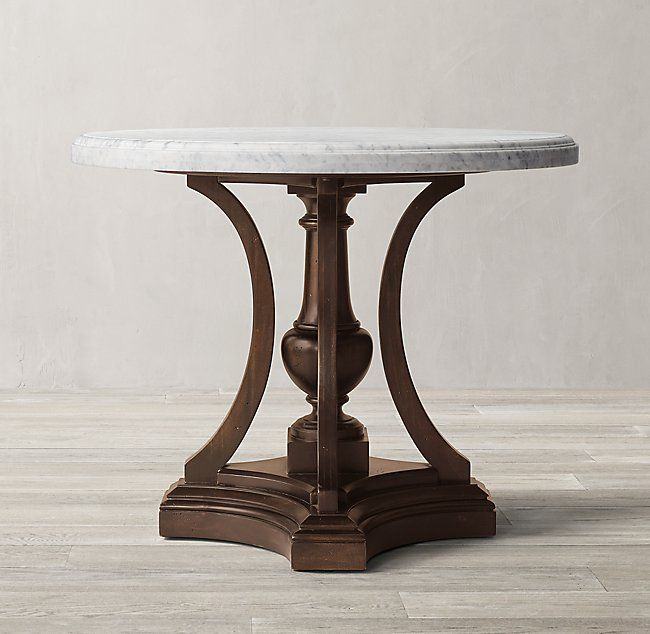 The Table Itself Is Round On Top With A Pedestal Base And Four Elegant Legs That Curve Outward And Are Finished Drum Table Round Entry Table Round Side Table