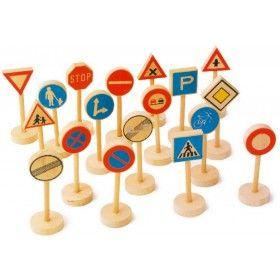 Dopravné drevené značky (18 ks) Dopravné drevené značky malých rozmerov. Dopravné značky dobre doplnia železničné vláčikové dráhy či garáže s autíčkami