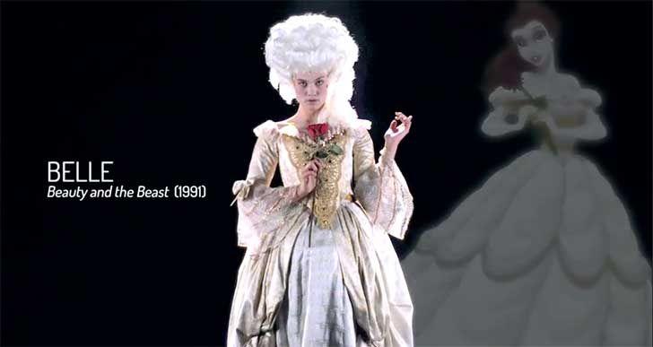 """En la canción de apertura, Bella dice """"Bonjour"""" para la gente del pueblo, y posteriormente Lumiere dice: """"Después de todo, señorita, esto es Francia"""". Cuando Cogsworth está dando un recorrido por el castillo, describe la arquitectura como """"un diseño de rococó inusual"""" y dice """"Este es otro ejemplo del  periodo neoclásico barroco tardío"""". Esto sitúa la película entre el 17o0 y el 18o0. El hecho de que la Bestia es un príncipe significa que la historia tuvo lugar cuando todavía había…"""