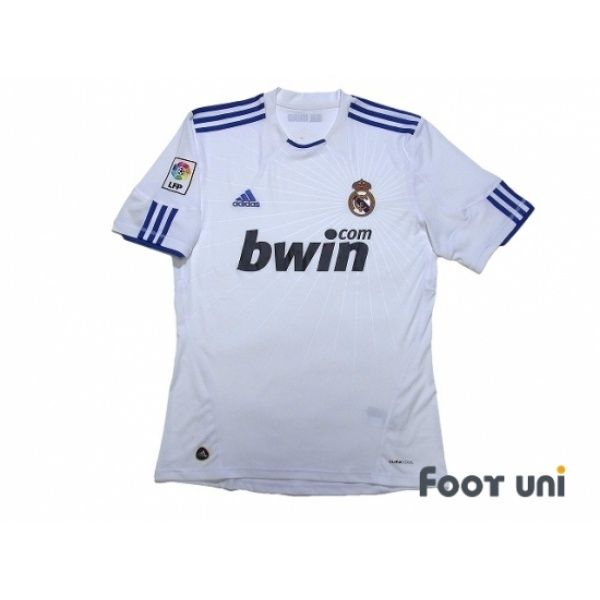 official photos b33b4 375e9 Real Madrid 2010-2011 Home Shirt LFP Patch/Badge   Real ...