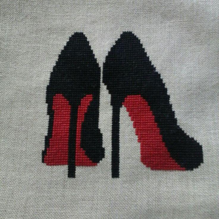 Bolsa para zapatos, de punto de cruz. Preciosos