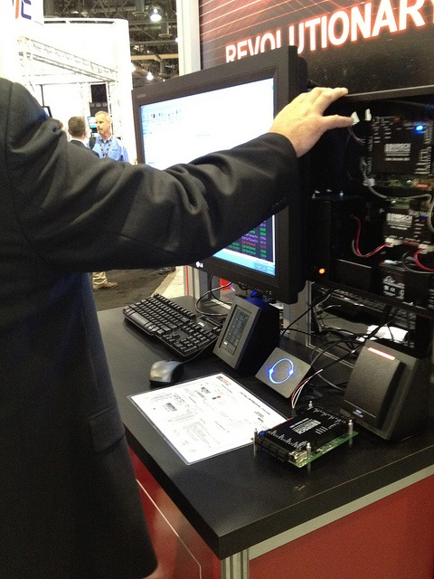 "A closer look at ""Mobile Touch to Open"" from the Hirsch Identive booth.     android mobile security"