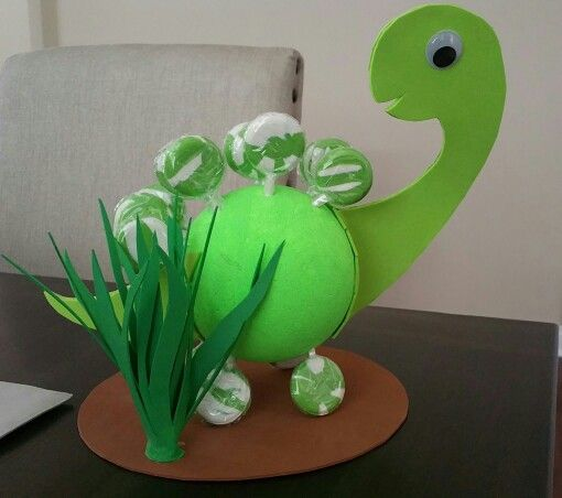 Lollipop Dinosaur centerpiece