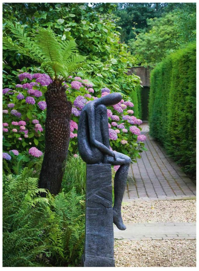 17 best images about garden art on pinterest gardens for Statue de jardin design
