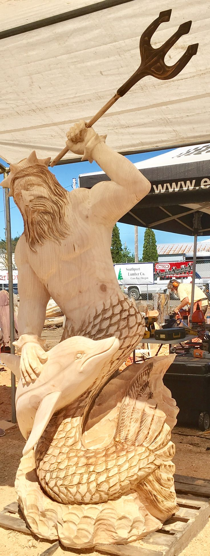 Best chainsaw carving world championship reedsport