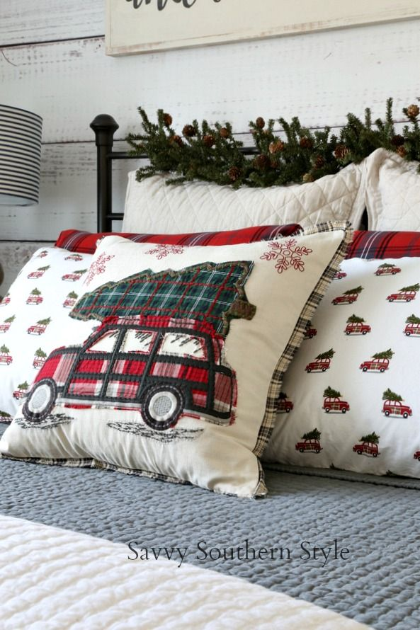 Savvy Southern Style: The Christmas Farmhouse Style Bedroom