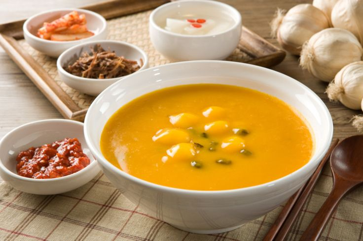 Korean sweet pumpkin porridge (단호박죽)