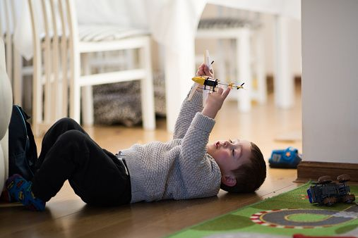 You're not the only one who craves alone time—let your kid embrace solitary play and you'll both enjoy the break.