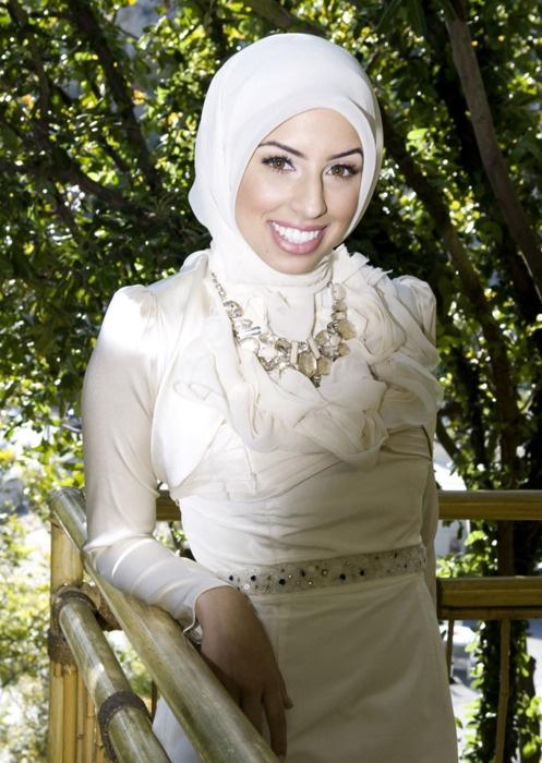 evening shade single muslim girls 44 single-parent households (15 men, 29 women) 991% of residents of evening shade speak english at home 04% of residents speak spanish at home (100% speak english.