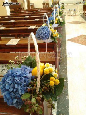 http://www.lemienozze.it/operatori-matrimonio/fiori_e_addobbi/l-infinito/media/foto/16 Frutta e fiori di campo per un allestimento originale ed estivo.