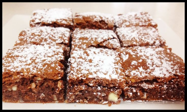 Thermomix Top Deck Chocolate Slice! #thermomix #topdeck #cadbury http://www.bakeplaysmile.com/top-deck-chocolate-slice/
