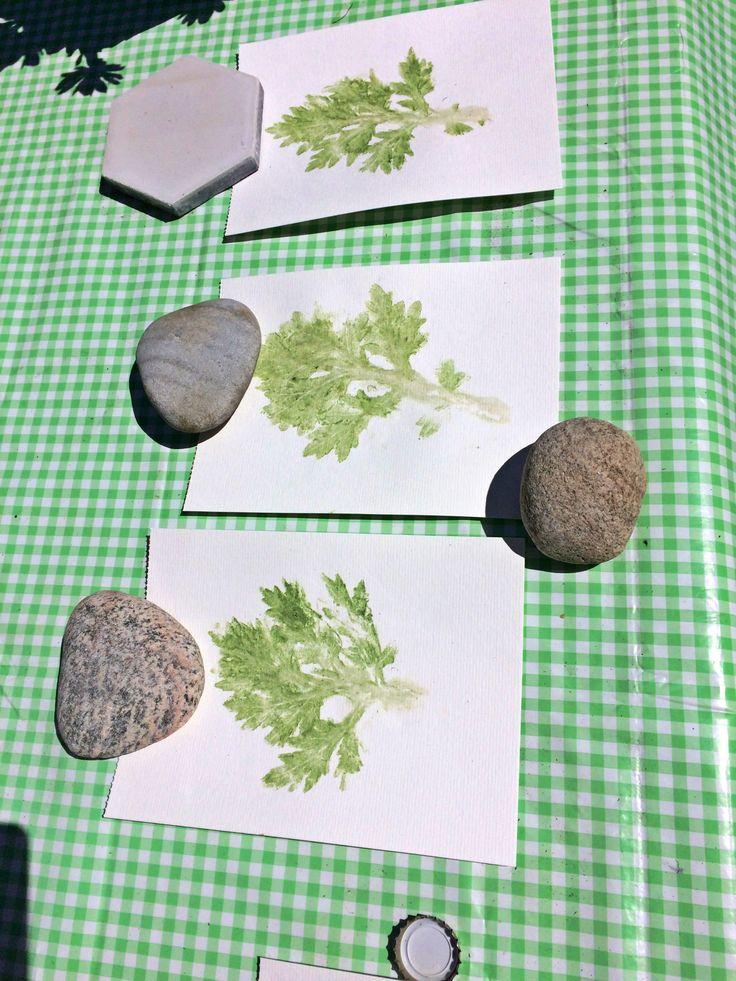 Blade på akvarel papir... leafs on paper