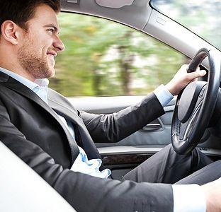 Her geçen gün araç kiralamaya olan ilgi artıkça hizmet sunan firmaların sayısı da artmaya başladı.