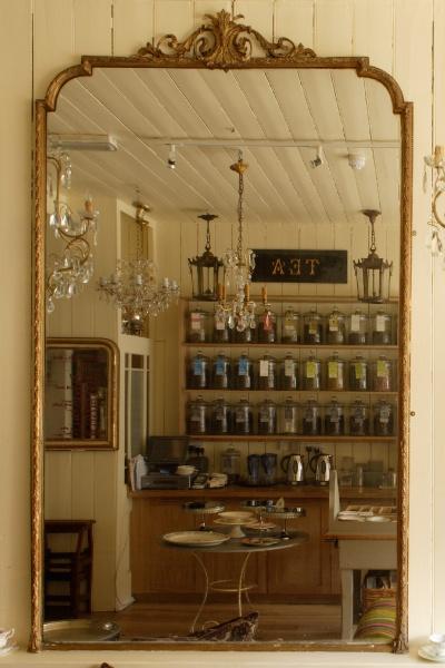 Beautiful Tea Room In East Dulwich Le Chandelier Http Www