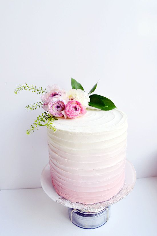pink ombre flower cake