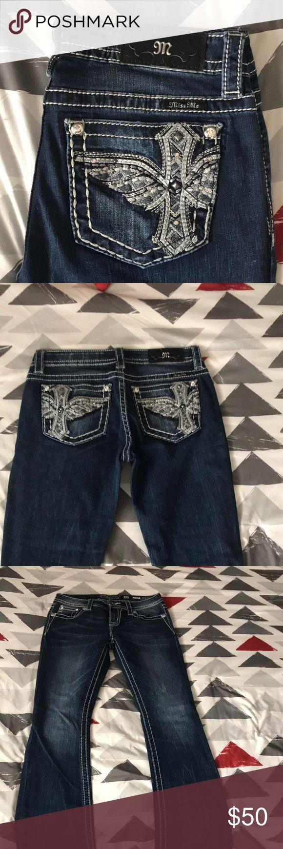 Miss me's BRAND NEW NEVER BEEN WORN. Miss me jeans new from buckle never been worn only had tags removed. Size 28 Miss Me Jeans Boot Cut