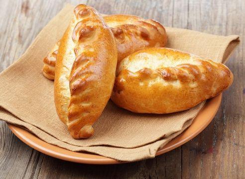 Самые вкусные начинки для пирожков! Данные начинки можно использовать как для дрожжевых пирожков, которые выпекаются в духовке, так и для жареных пирожков на сковороде.