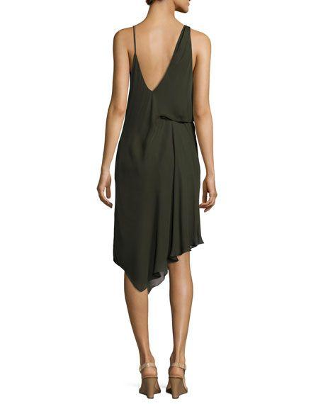 vestido asimétrico, en seda