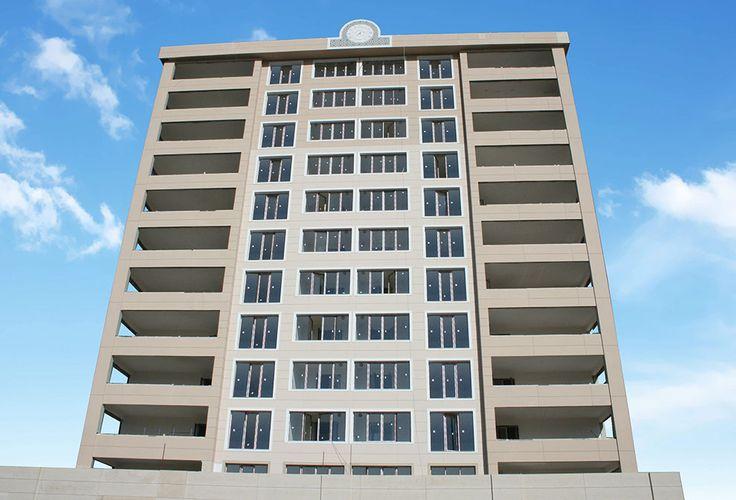 Anıl İnşaat'ın Batıkent'te inşa ettiği 2 Blok 96 dairenin kapı pencere üretim ve montajı devam ediyor.