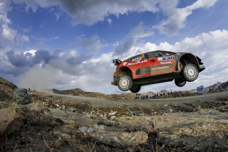 Meeke makes mistake, but still masters Mexico