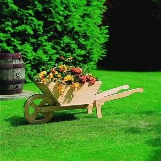 Houten kruiwagen - plantenbak