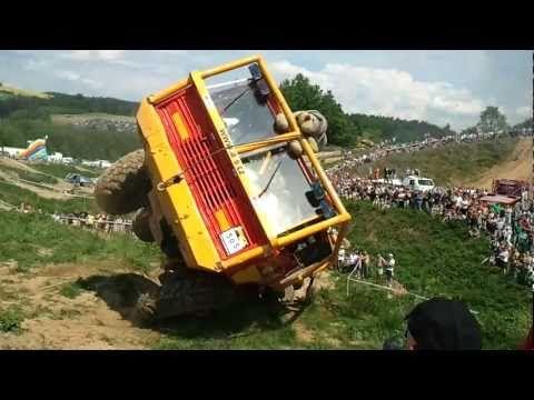 Eight-Wheel-Drive Tatra Puts Your Jeep To Shame