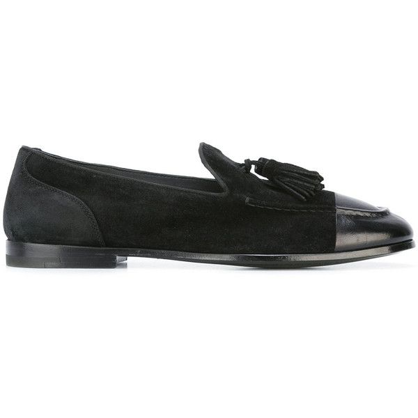 Alberto Fasciani classic tasseled loafers (€350) ❤ liked on Polyvore featuring men's fashion, men's shoes, men's loafers, black, mens black loafers shoes, mens black leather shoes, mens tassel shoes, mens black shoes and mens tassel loafer shoes