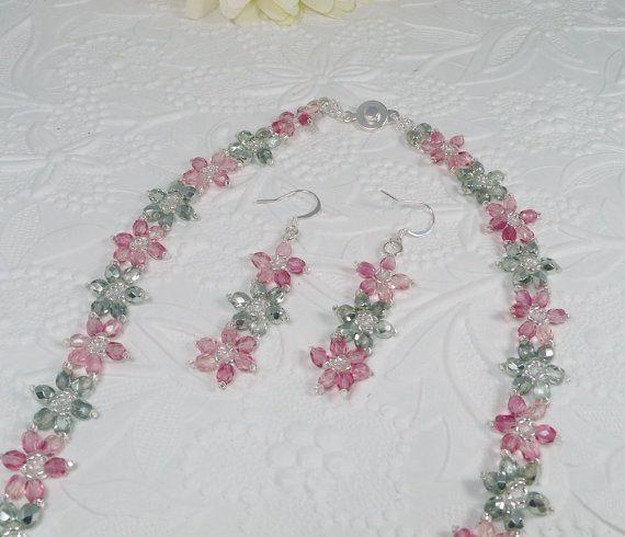 Amato Oltre 25 fantastiche idee su Perline di tessuto su Pinterest  FS46