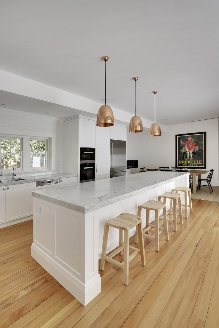Classic shaker style kitchen for a Federation home in Killara