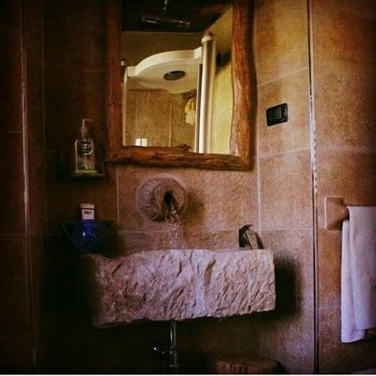 residence Albareto Parma Italia bathroom Stone taro valley