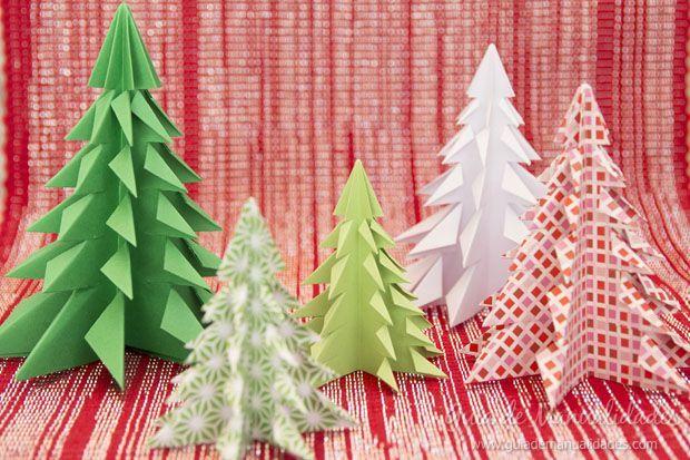 En este tutorial paso a paso podrás aprender cómo hacer estos preciosos arbolitos navideños para decorar tu hogar con la técnica del origami.