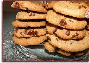Chocolate Chip Cookie Recipe http://diydessert.com/chocolate-chip-cookie-recipe.html